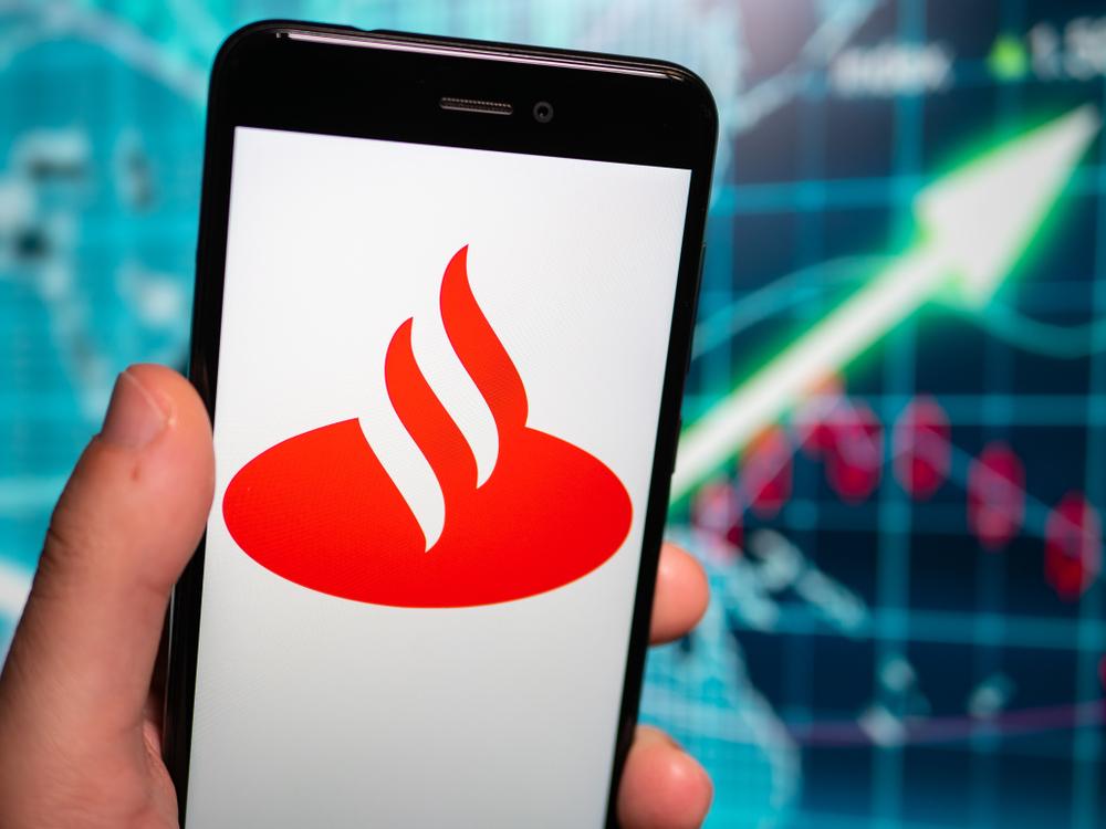 Santander acquires Elavon's Mexico operations