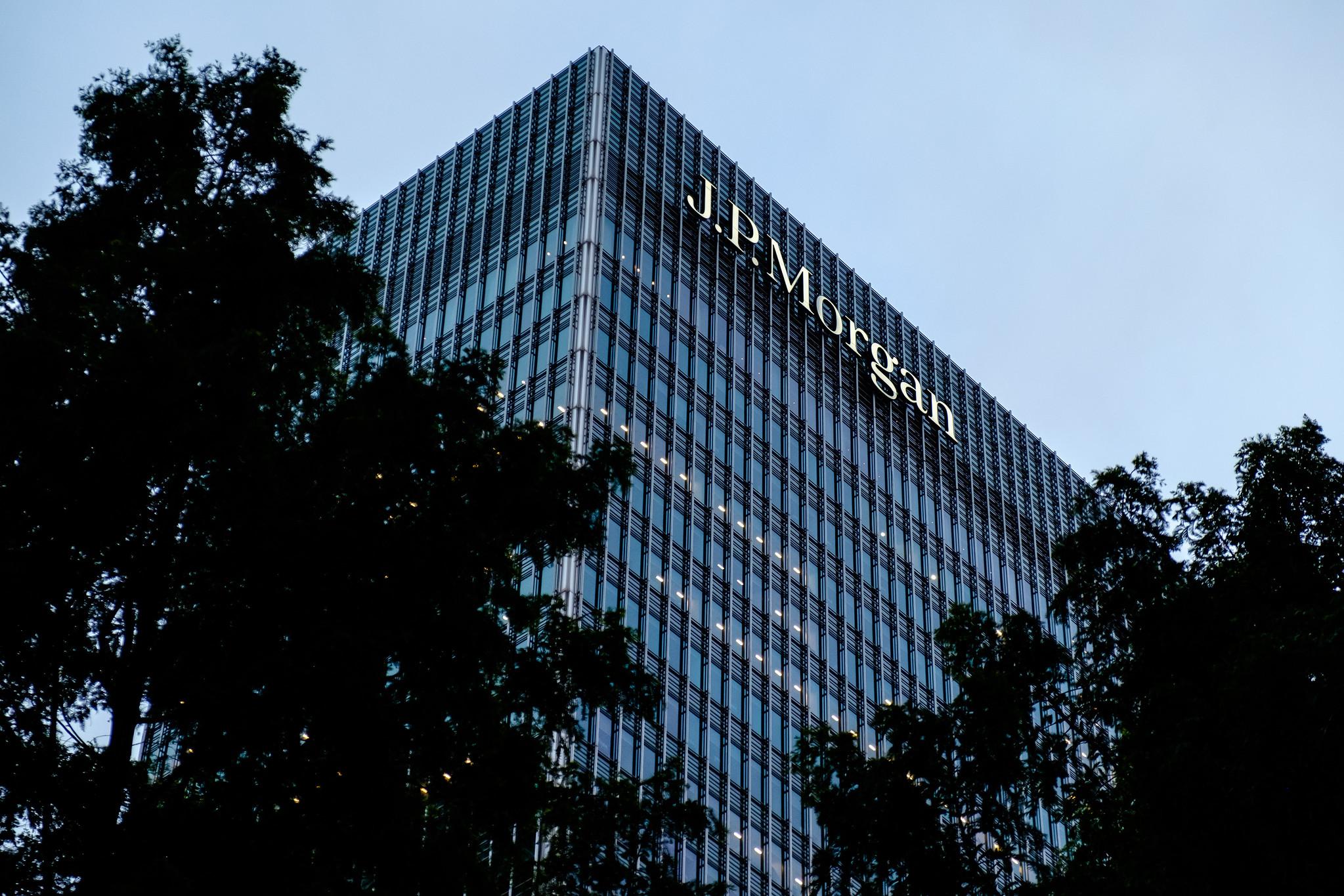 JPMorgan to buy majority stake in Volkswagens payments